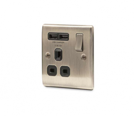 BG Electrical Antique Brass Single Socket with USB